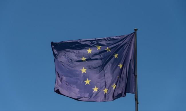 ЕС пусна туристите от САЩ да влизат, дори и да не са ваксинирани