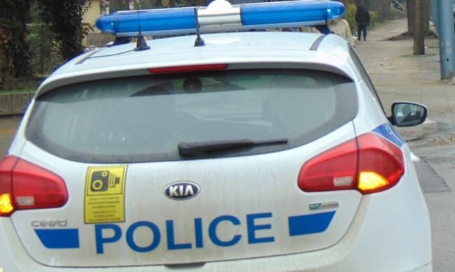 Пияна удари полицай в хотел, осъдиха я