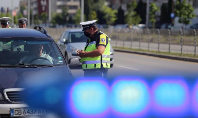 Полицията ще следи за дрогирани и пияни водачи