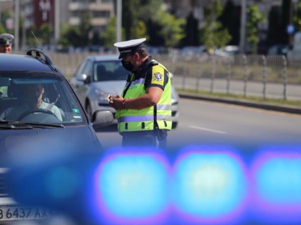 Полицията до 22 юни ще извършва проверки на водачите за