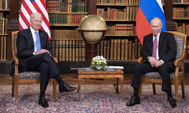 Проф. Динков: Русия и САЩ намериха начин да успокоят света