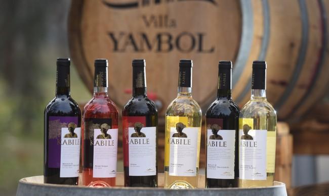 Българското вино получи висока оценка на престижен конкурс във Франция