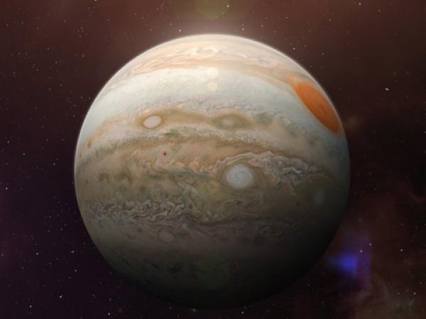 На 20 юни планетата Юпитер става ретроградна. Тогава Слънцето напуска