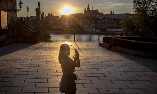 Прага се събуди от махмурлука: Вече не иска да е парти столица