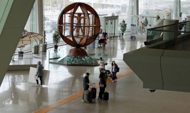 Национална стачка в Италия ще блокира въздушния трафик
