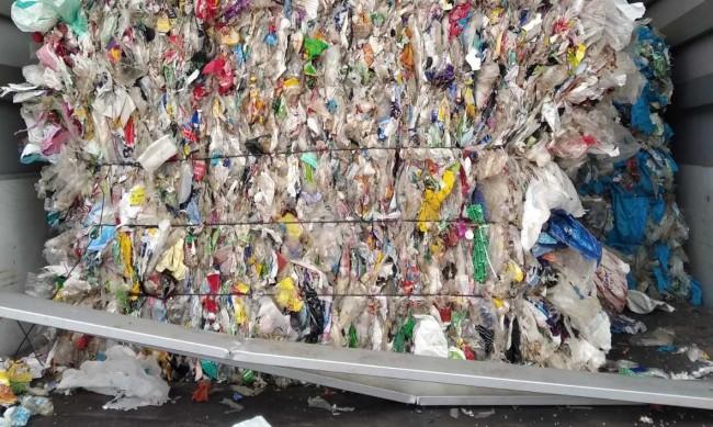 Рециклираме боклук от Албания, Македония, Сингапур, Ливан...