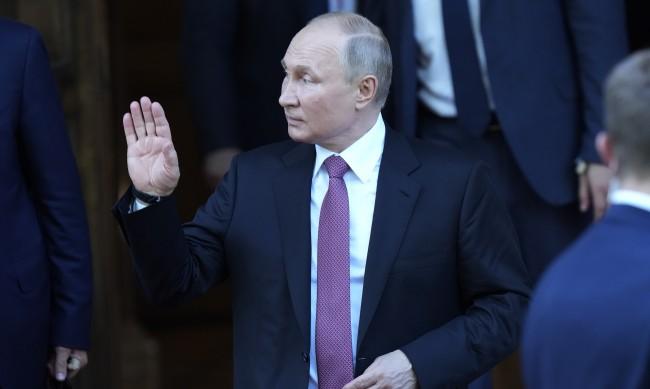 """Байдън успя да изкара Путин от """"бункера"""" в който се криеше от COVID-19"""