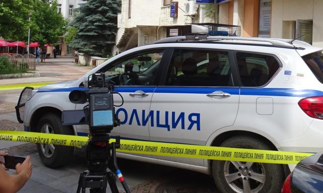 Обирът в Дупница: Взети били около 54 хил. в различни валути