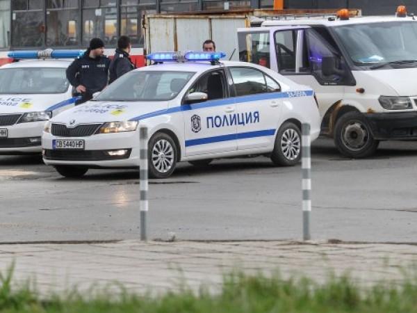 Криминално проявен мъж от Сливен е задържан за кражба на