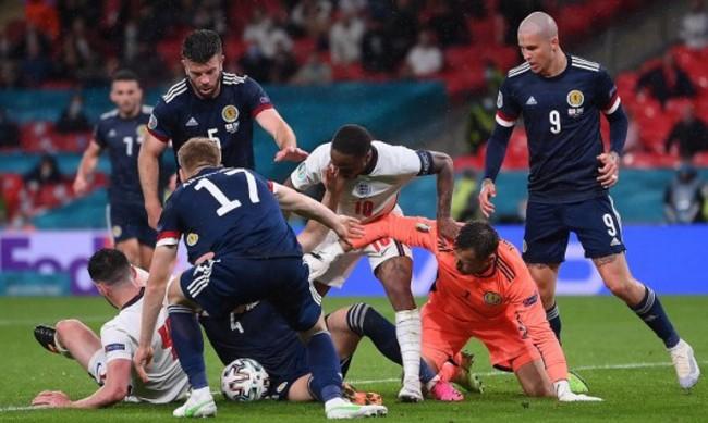 Равенство между Англия и Шотландия на Евро 2020