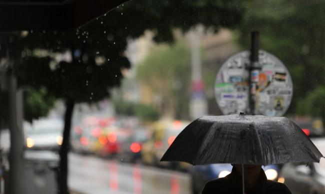 И днес дъжд и облаци, температурите стигат 27 градуса