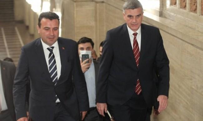 Как македонските медии коментират посещението на Заев в България?