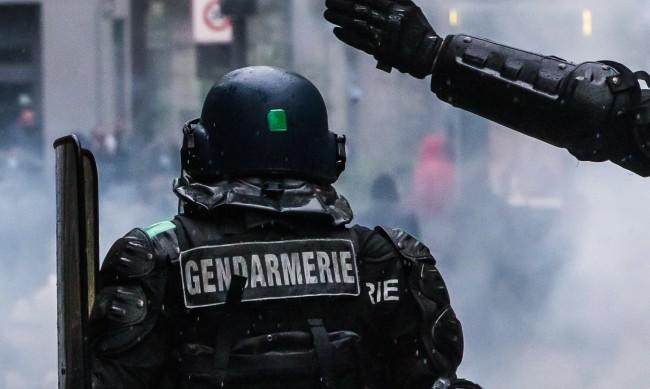 Полицията във Франция разтури купон, шестима пострадаха