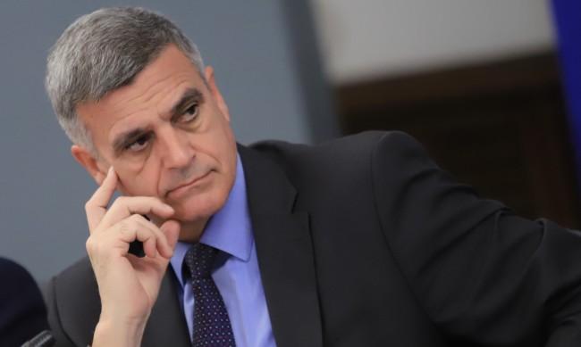 Янев отговори на ГЕРБ: Правителството е непартийно, ние работим за хората