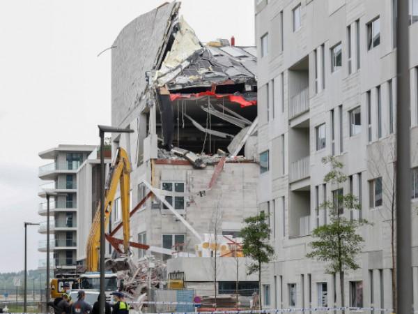 Петима чуждестранни работници са загинали при рухването на училище в
