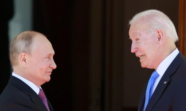 САЩ подготвя още санкции за Русия заради Навални