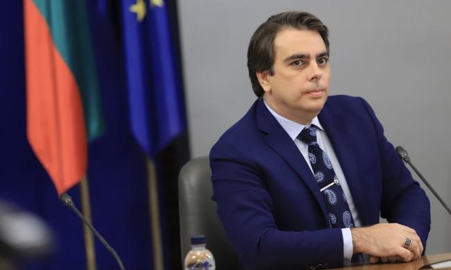 Финансовият министър: Кирил Ананиев е нарушил закона