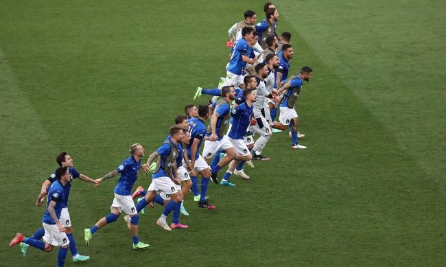Италия продължава с  шеметното си представяне на Евро 2020