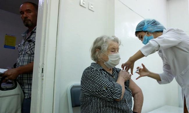 Отказваш ваксина в Русия - изпращат те в неплатен отпуск