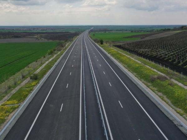 """Мъж загина на място при тежка катастрофа на автомагистрала """"Тракия"""","""