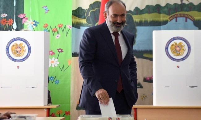 Ще се стигне ли до размирици след парламентарните избори в Армения?