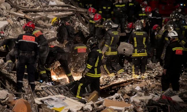 Две сгради се срутиха във френския град Бордо, има ранени