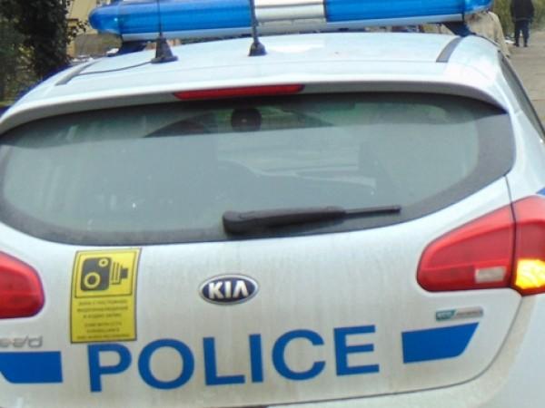 Полицията издирва шофьор, блъснал жител на село Сухаче. 77-годишният мъж