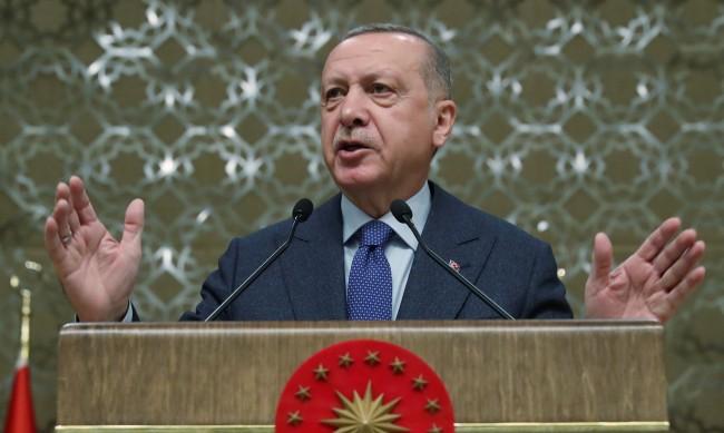 Турция разхлабва мерките срещу вируса от 1 юли