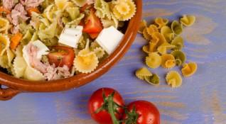 Рецептата Dnes: Салата с паста и моцарела