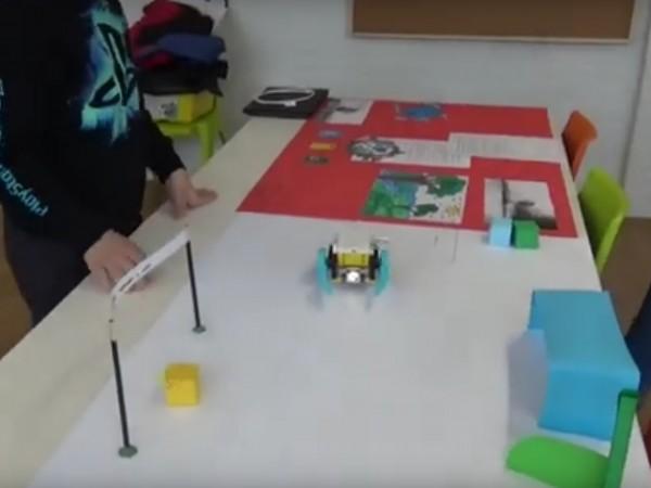 Технологиите от бъдещето вече навлизат усилено в българските училища, а
