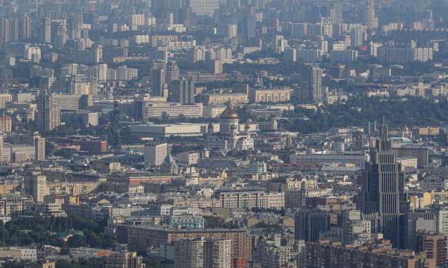 Заведенията в Москва отворени само за хора с QR код