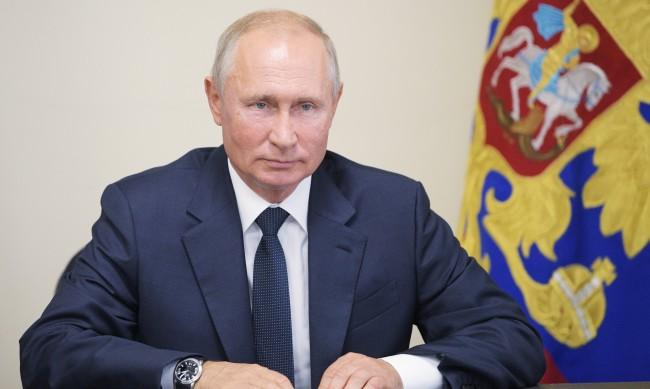 Путин обвини НАТО, че отказва диалог с Москва