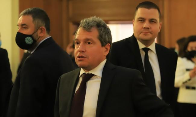 Тошко Йорданов: Корупцията беше издигната на държавно ниво
