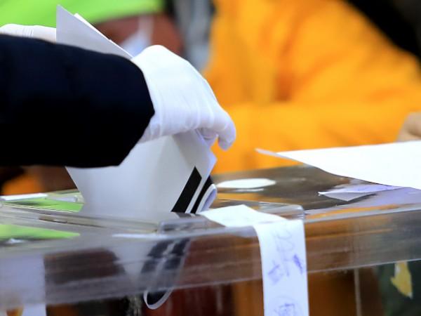 Предизборен натиск върху граждани за кого да гласуват. За това