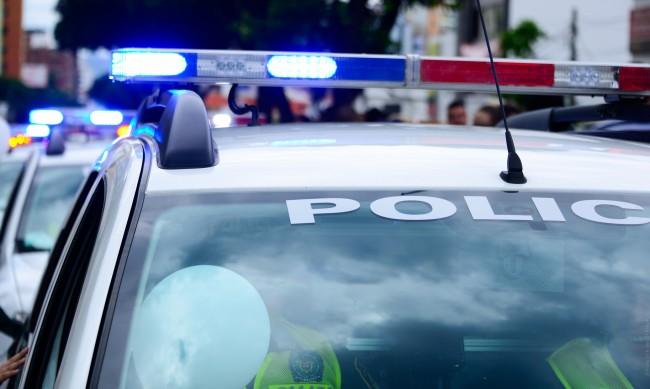 Шофьор многократно блъсна патрулка, за да избегне проверка