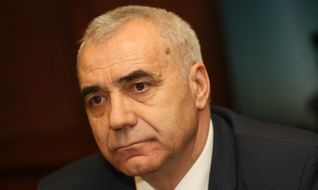 """Шефът на мини """"Марица Изток"""" с оставка"""