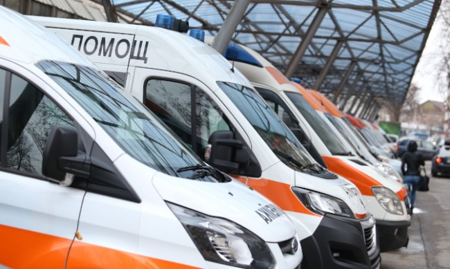Пет души са потърсили Спешна помощ заради прегряване до обяд