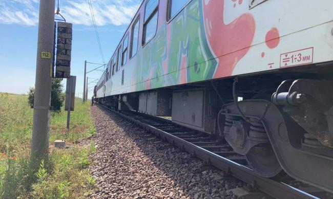 Влак блъсна и уби жена в Летница