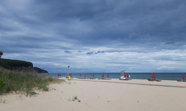 Сянката на морето - на места безплатна, на други до 15 лв.