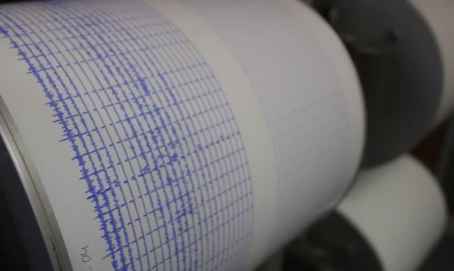 Земетресение с магнитуд 3,9 в Западна Турция