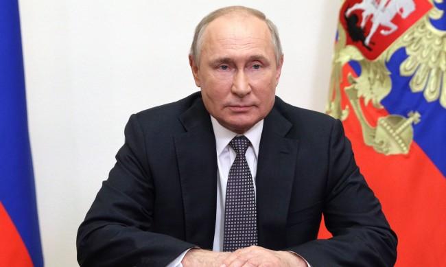 Путин: Ако ваксинирането не е в ръката, а на друго място, пак ли да се показва?