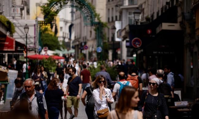 Франция се радва на почти пълна свобода