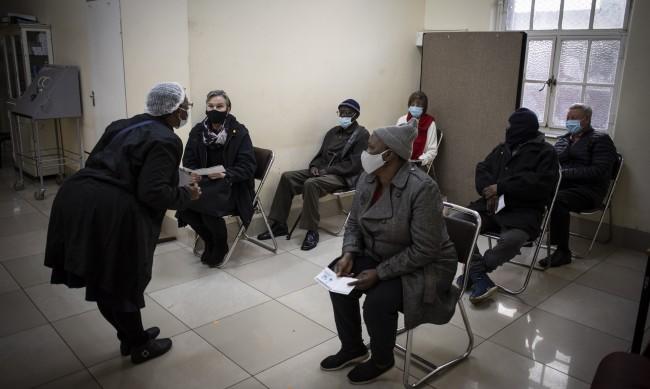 Южна Африка с рекорден брой нови случаи на COVID-19