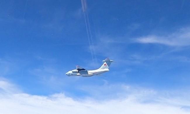 Руски Ан-26 изчезна от радарите, паднал е в морето?