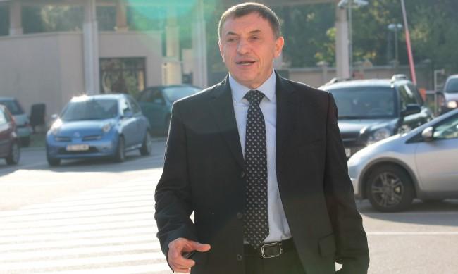 10 г. затвор за атентатoрa срещу Алексей Петров