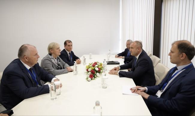 Радев: България готова да насърчи компании, инвестиращи в човешкия капитал