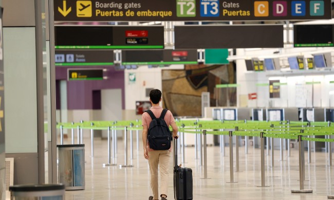 Да не пътуваме до Кипър, Русия и Испания, препоръчва МЗ