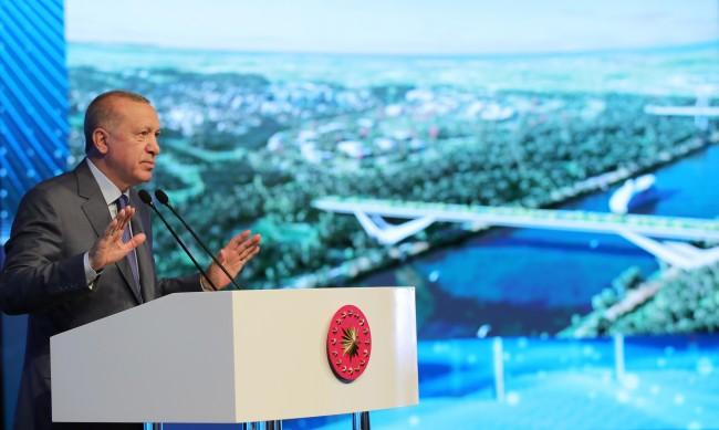 Турците се ядосаха: Ердоган вдигнал летен сарай за 62 млн. евро