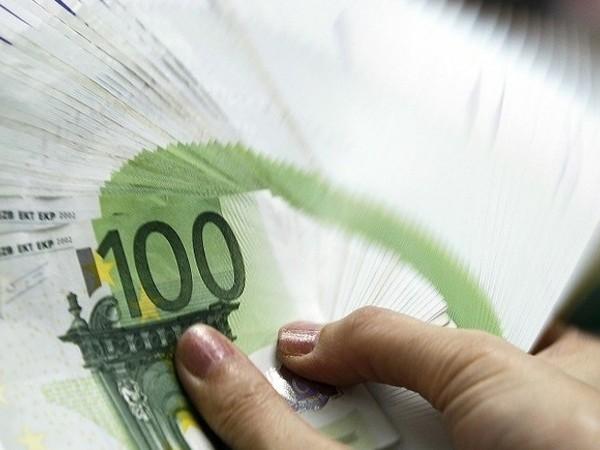 Вложенията на инвеститорите по света в глобалните инвестиционни фондове за