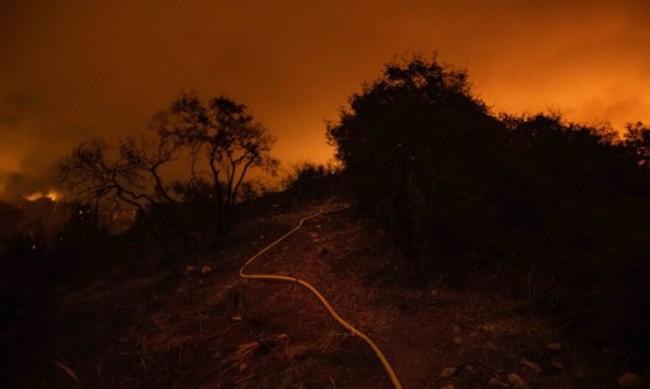 Пожар в Орегон, САЩ изпепели много къщи и постройки